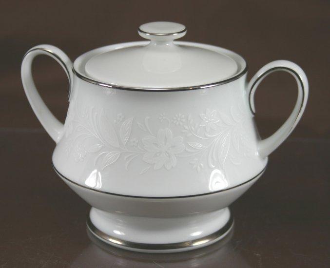 Noritake Ranier Sugar Bowl & Lid
