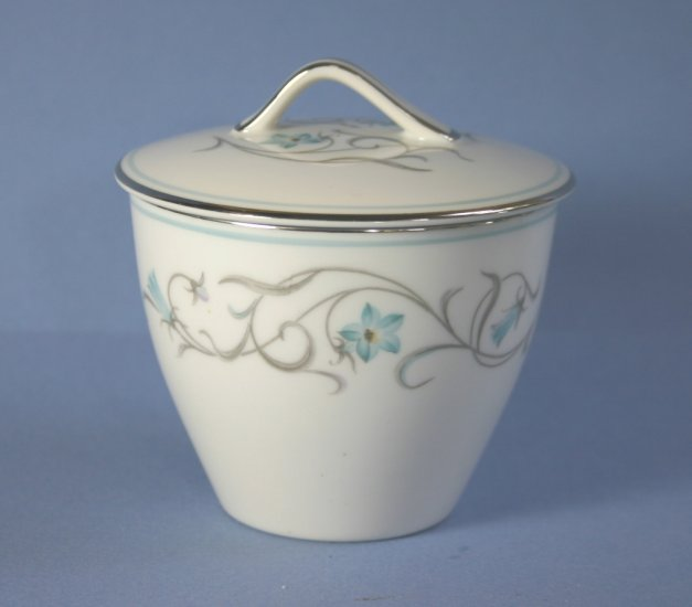 Noritake Beaumont Sugar Bowl and Lid