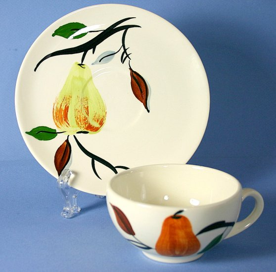 SPI - Southern Potteries - Blue Ridge Hand Painted #4159 ANJOU Cup and Saucer Set (Flat)