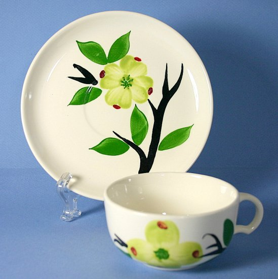 Stetson Pottery DIXIE DOGWOOD Cup and Saucer (Flat)