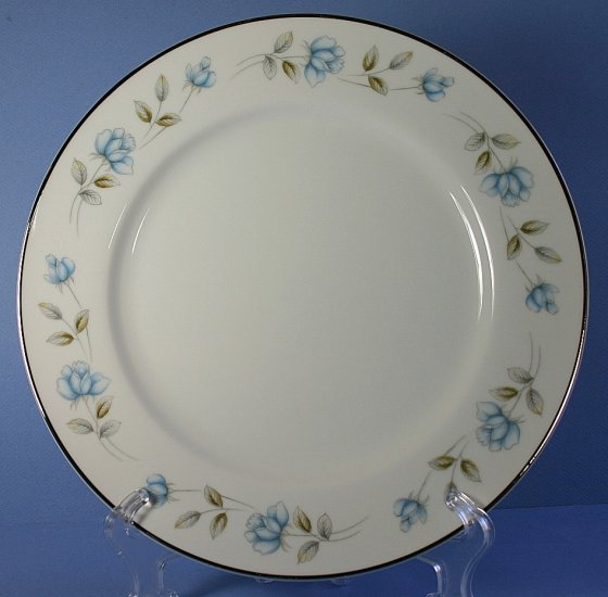 International Elegant Lady Dinner Plate