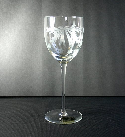 "Toscany GRAY CUT FLOWERS AND LEAVES 7"" Wine Glass"
