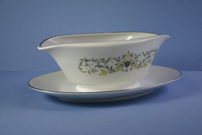 Sterling China (Japan) Florentine Gravy Boat with Attached Underplate