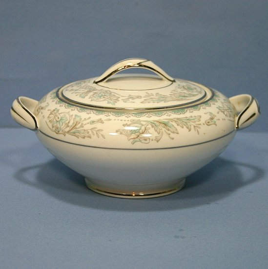 Noritake Belmont Sugar Bowl and Lid