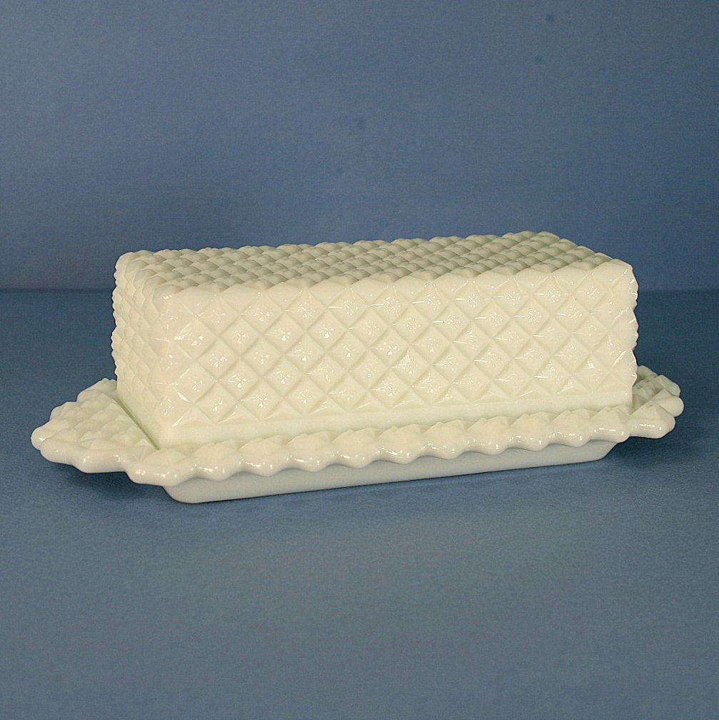 Westmoreland English Hobnail Milk Quarter Pound Covered Butter