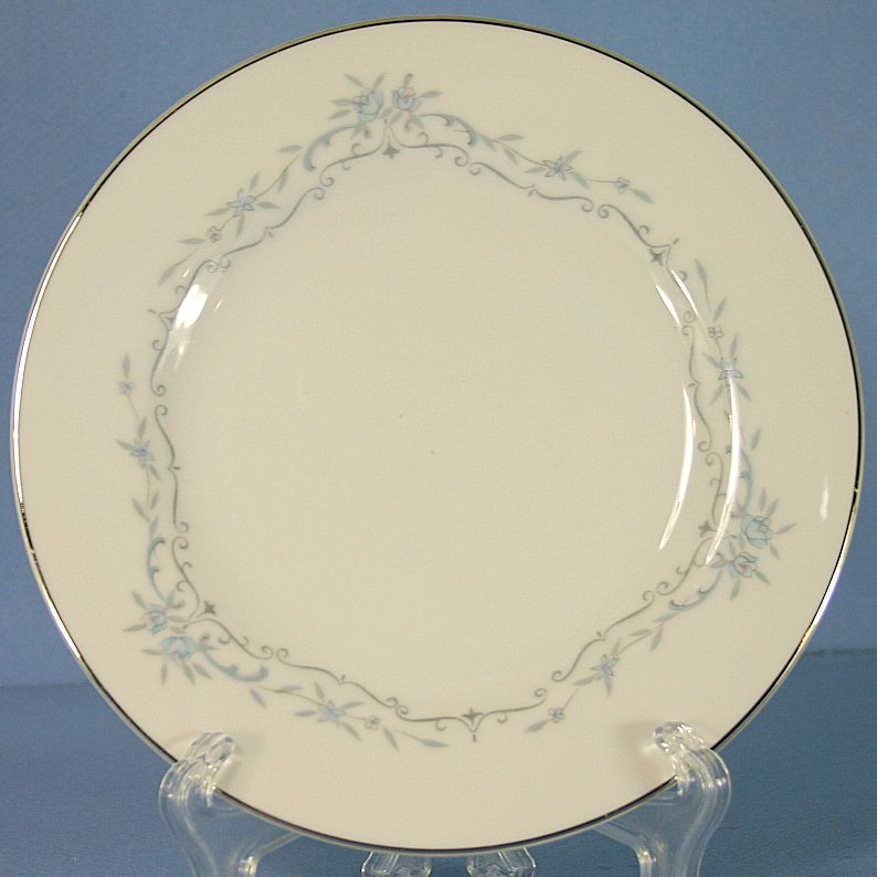 Mikasa Chadsworth Bread and Butter Plate