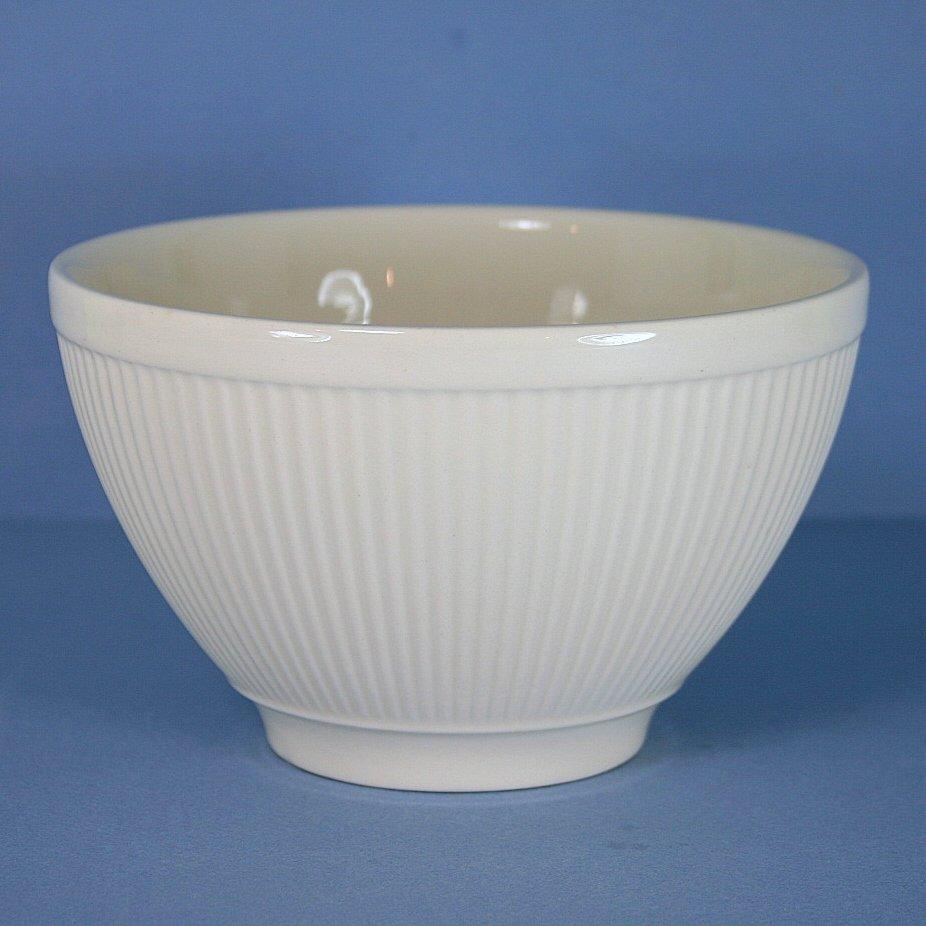 & Wedgwood Windsor Cranberry Bowl