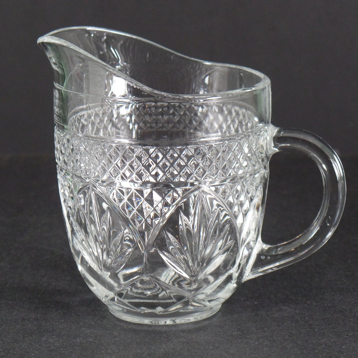 Cristal D'Arques Durand Antique Clear (6-Sided Stem) Creamer