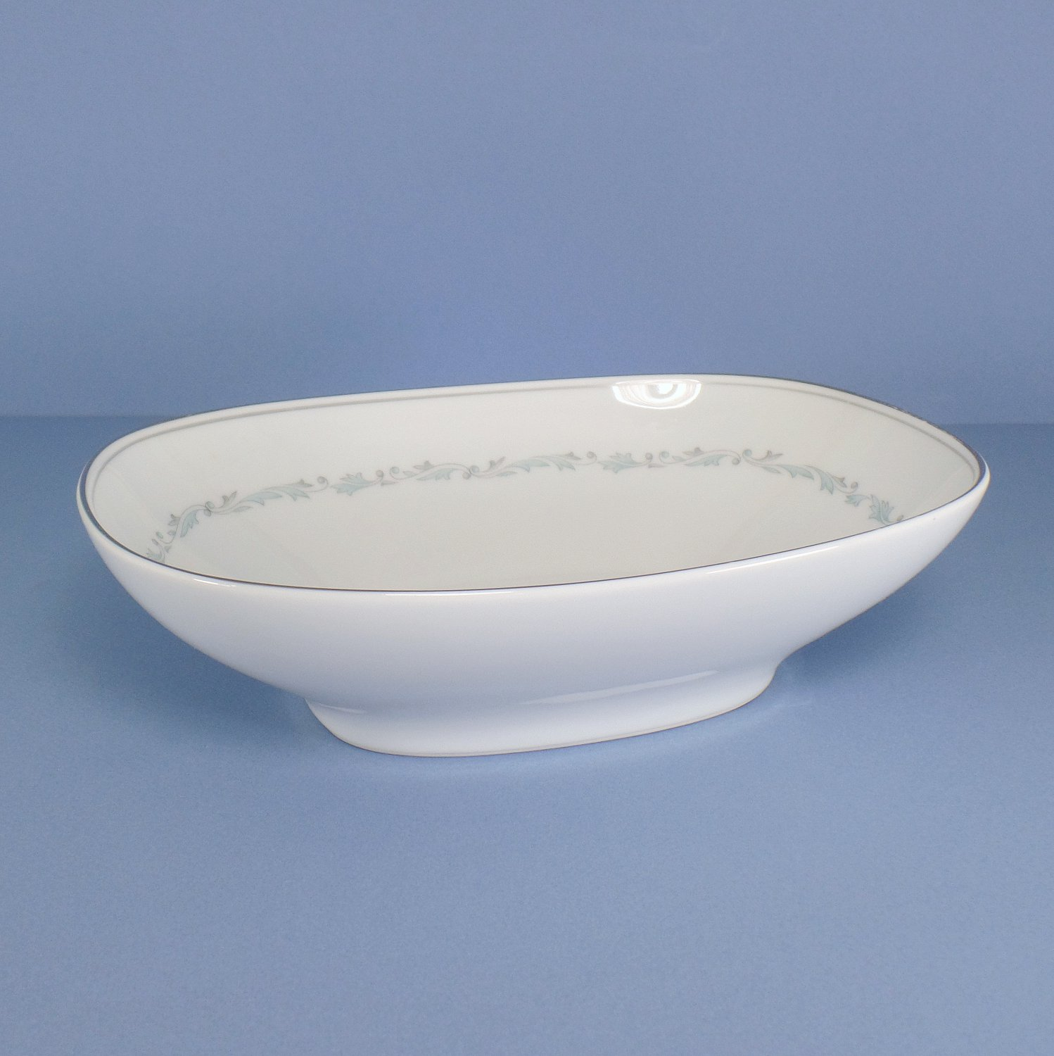Noritake Brooklane Oval Vegetable Bowl 9 Inch