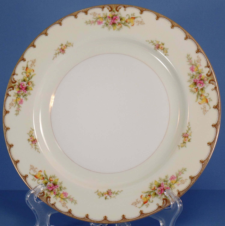Royal Embassy Lincoln Dinner Plate