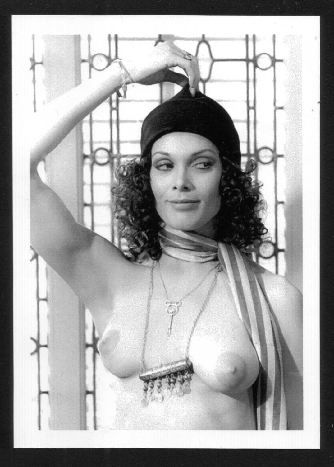 THUNDERBALL ACTRESS MARTINE BESWICK TOPLESS HUGE NUDE BREASTS NEW REPRINT 5 X 7  #1