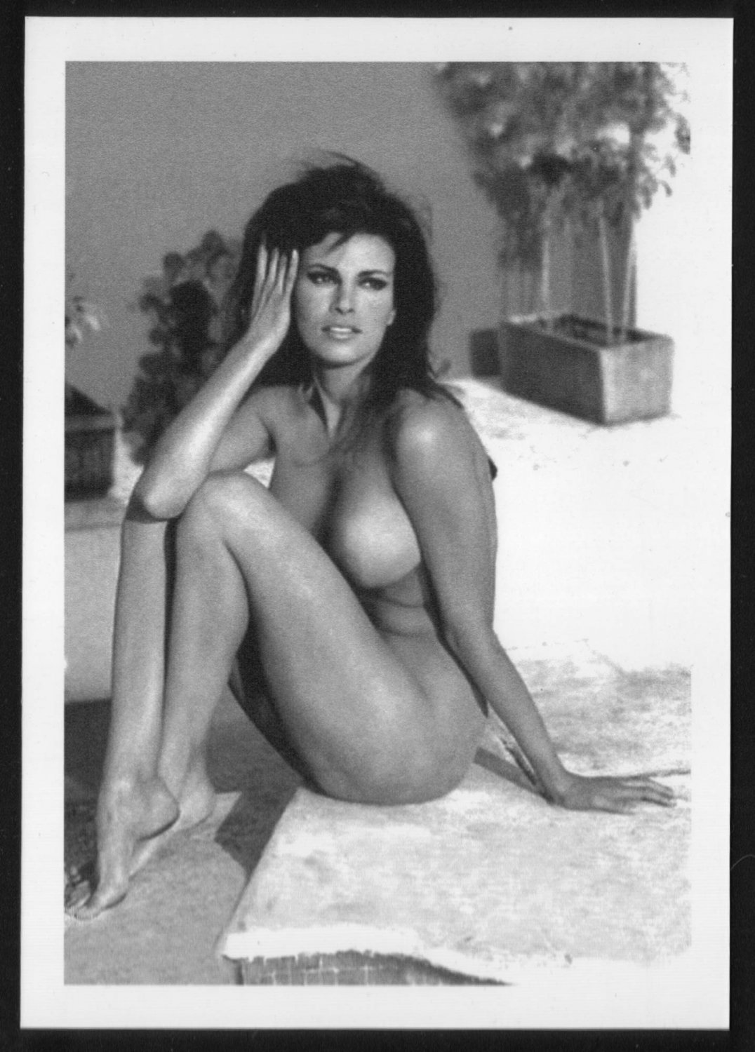 raquel welch naked tits