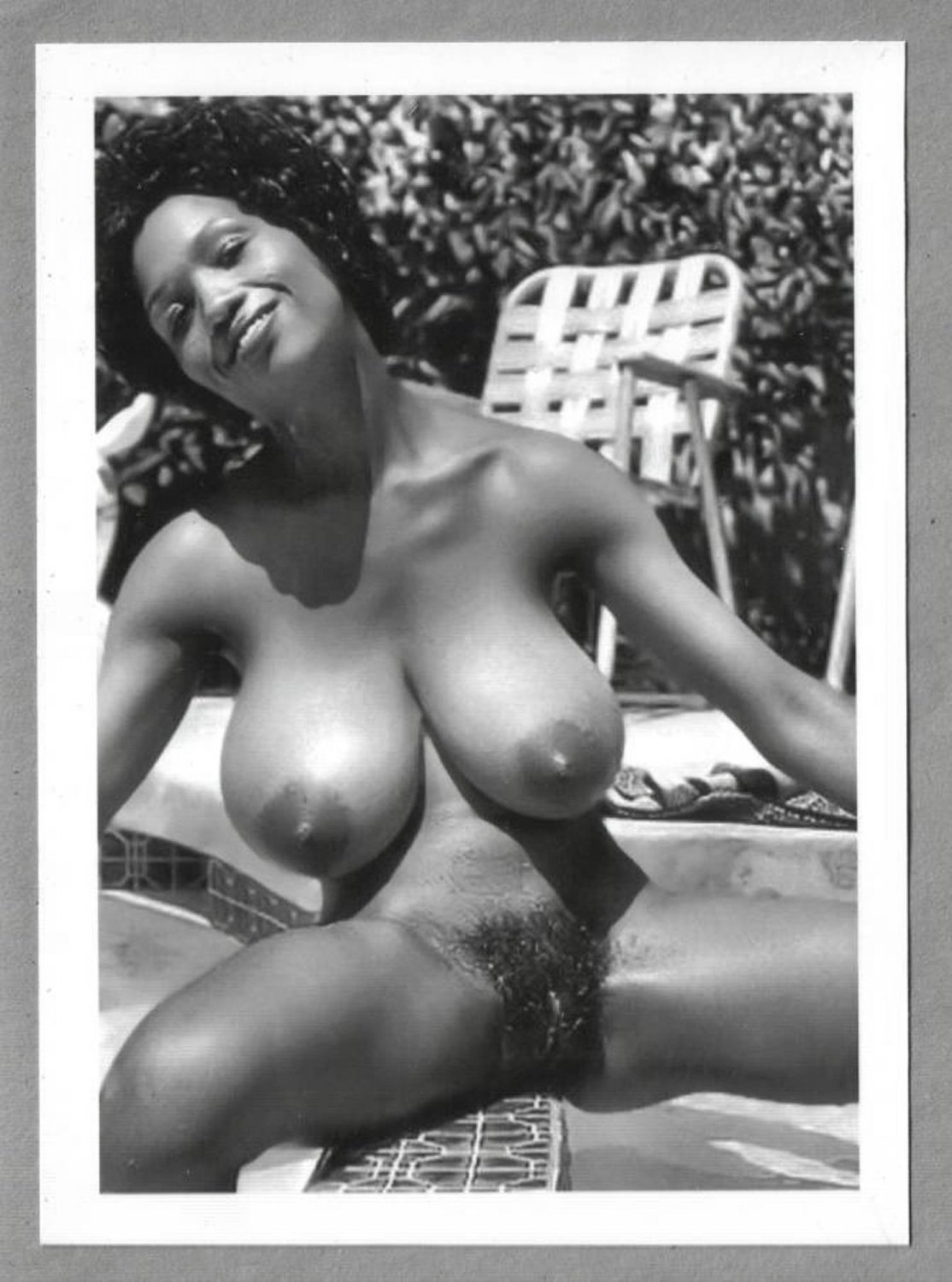 EBONY SYLVIA MCFARLAND TOPLESS NUDE HUGE BREASTS HAIRY PUSSY NEW REPRINT 5X7 SM-14