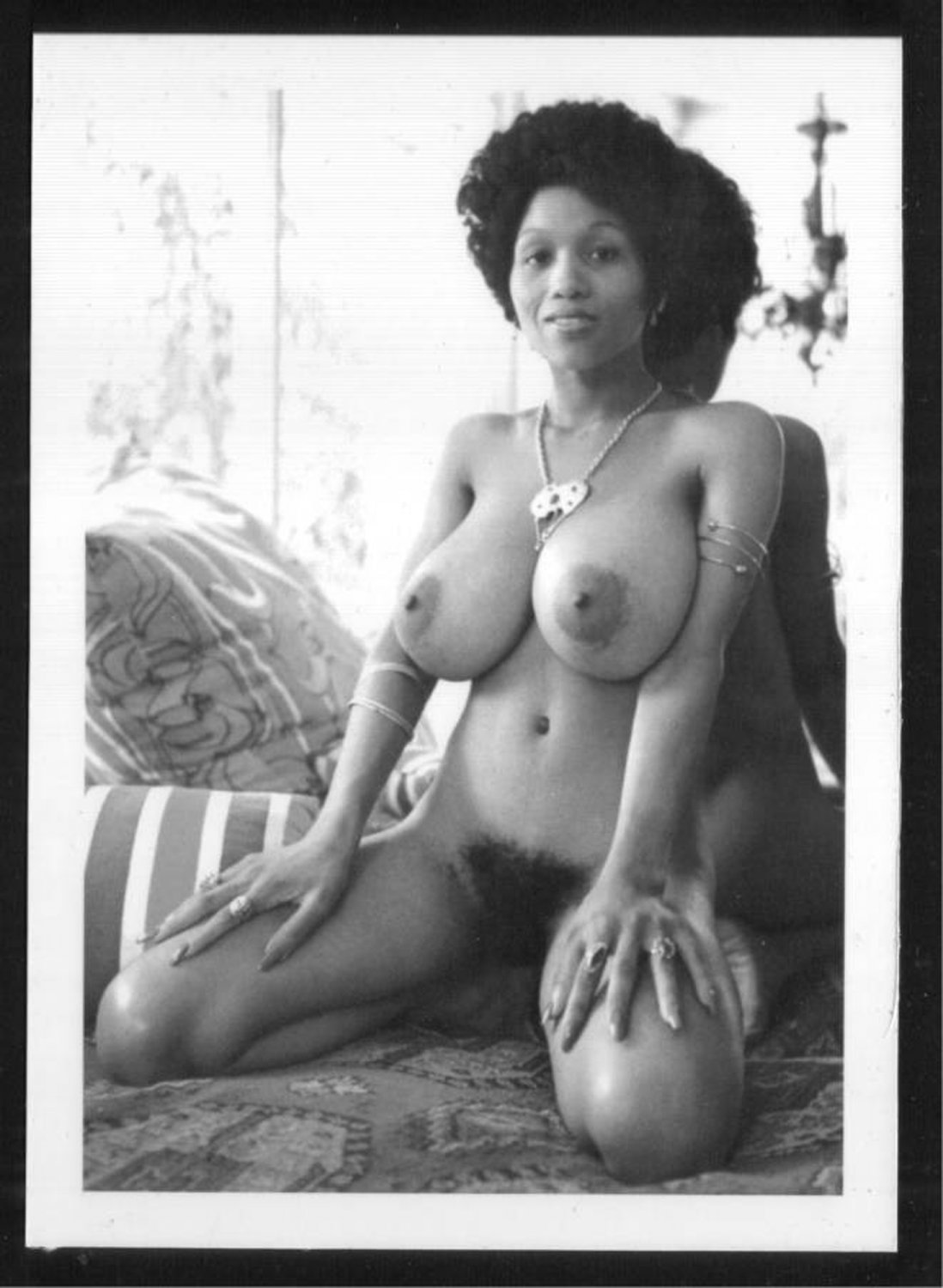 EBONY SYLVIA MCFARLAND TOPLESS NUDE HUGE BREASTS HAIRY PUSSY NEW REPRINT 5X7 SM-79