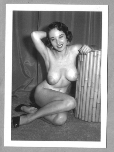 MARGE MELLOR TOPLESS HUGE NUDE BREASTS NEW REPRINT 5X7  #15