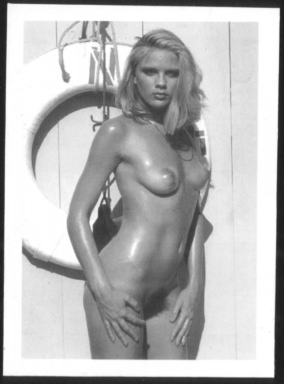 Nancy sinatra nude porno, free sex video yuvu