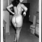 BETTY PAGE TOTALLY NUDE REARVU POSE NEW REPRINT 5X7  #644