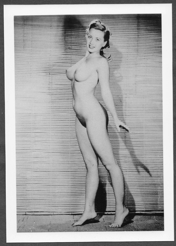 Joan rivers snaps daughter naked photo