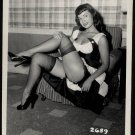 BETTY PAGE LEGGY LEGGY POSE IRVING KLAW VINTAGE PHOTO 4X5  #2659