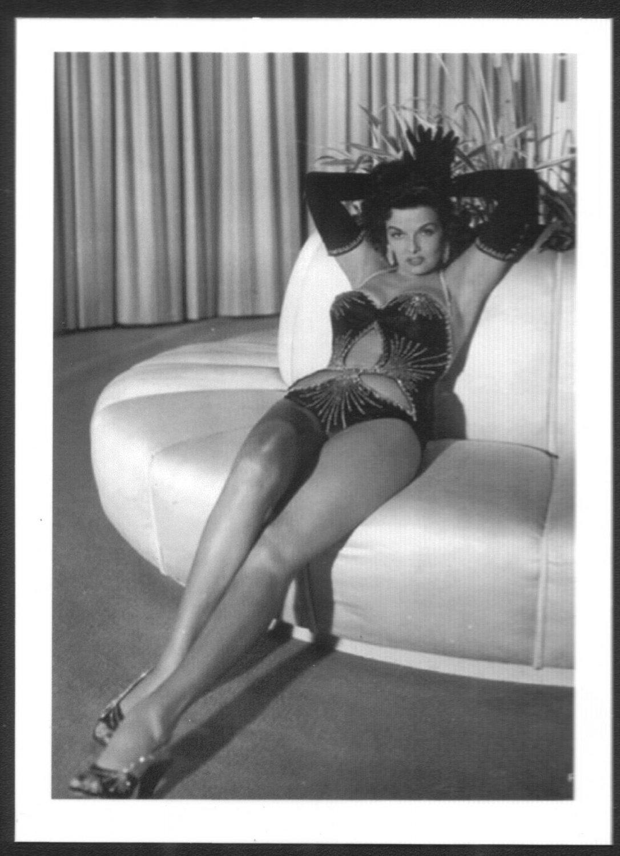 ACTRESS JANE RUSSELL BIG BOSOMY BOOBS COSTUME POSE 5X7 REPRINT MM-0095