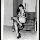 BETTY PAGE CHEEKY LEGGY POSE IRVING KLAW VINTAGE PHOTO 4X5  BP-242