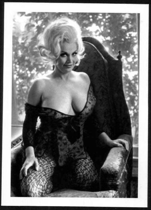 STRIPPER LIZ RENAY BUSTY BOSOMY CLEAVAGE IN BLACK LACE POSE 5X7 REPRINT #4