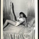 BETTY PAGE BAREFEET BED POSE IRVING KLAW VINTAGE PHOTO 4X5  BP-28
