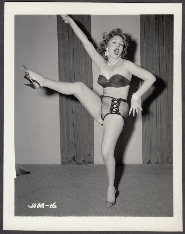 INFAMOUS STRIPPER JADA CONFORTO IRVING KLAW VINTAGE ORIGINAL PHOTO 4X5 1950'S #16