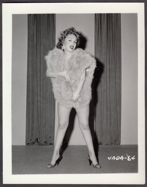 INFAMOUS STRIPPER JADA CONFORTO IRVING KLAW VINTAGE ORIGINAL PHOTO 4X5 1950'S #64