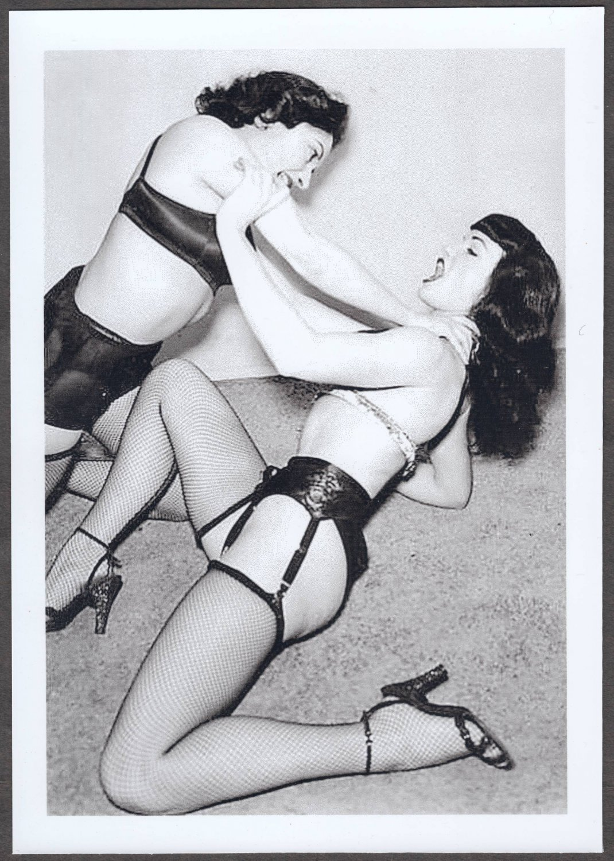 BETTY PAGE & BRANDY KAYEE POSE TOGETHER 5X7 REPRINT #006B