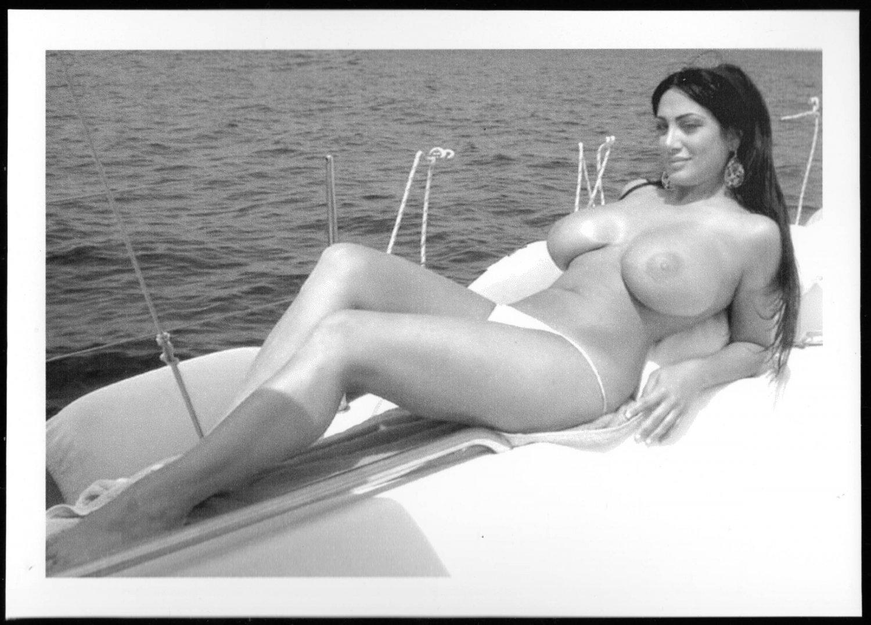 MARIKA FRUSCIO TOPLESS NUDE HUGE HEAVY BREASTS NEW REPRINT PHOTO 5 X 7  #275