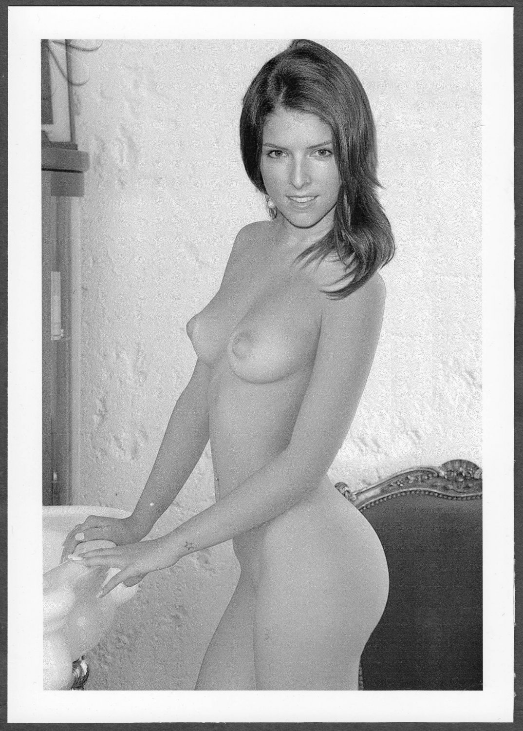 ANNA KENDRICK TOTALLY NUDE BIG LARGE BREASTS SHAVED PUSSY NEW REPRINT 5 X 7 #10