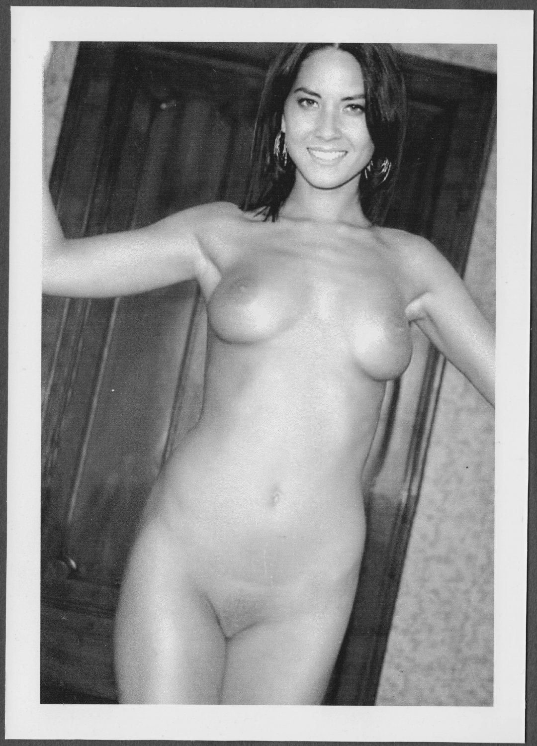 OLIVIA MUNN TOTALLY NUDE BIG LARGE BREASTS SHAVED PUSSY NEW REPRINT 5 X 7 #2