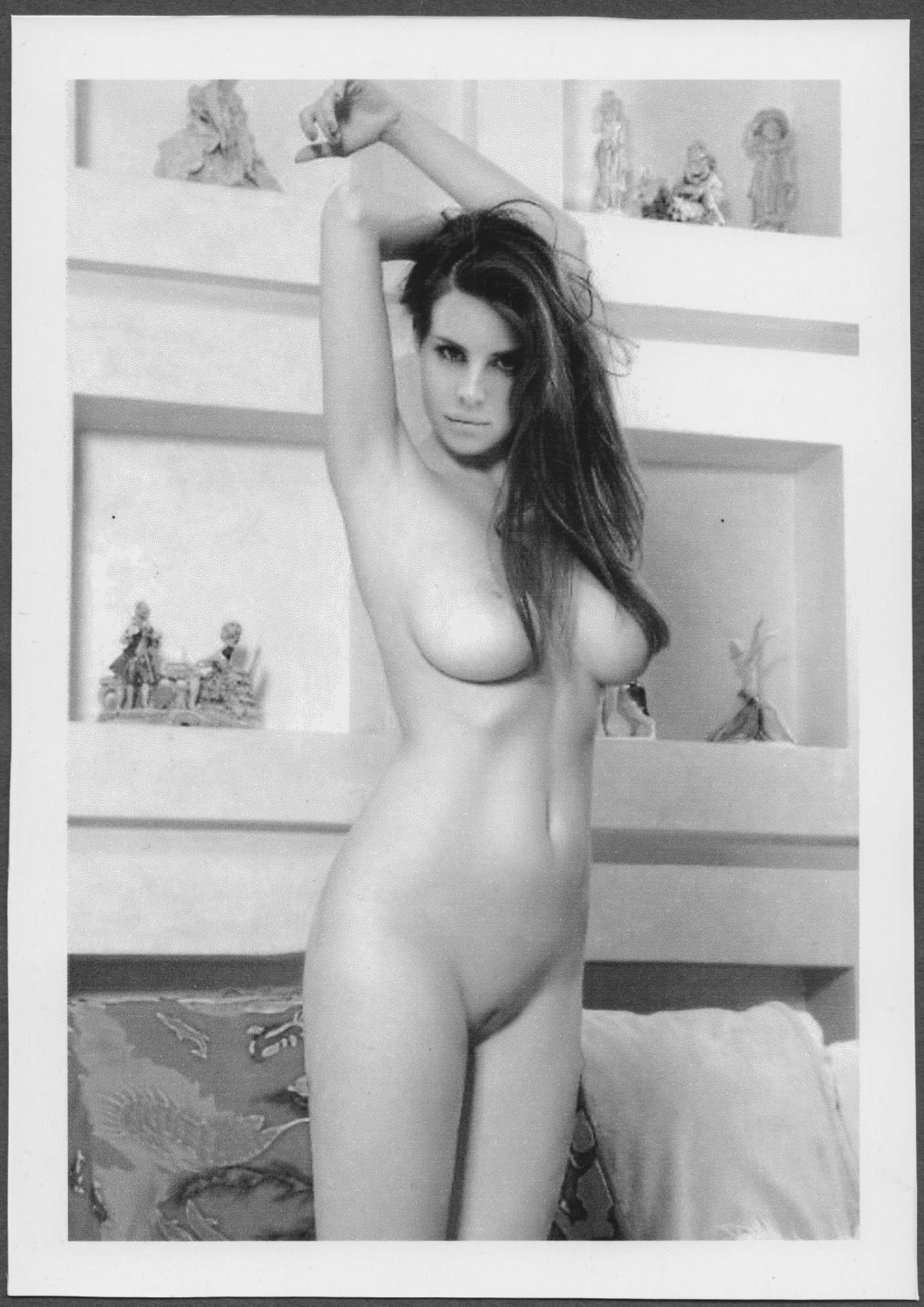 SINGER LANA DEL REY TOTALLY NUDE HUGE HEAVY BREASTS BARE PUSSY PHOTO 5X7 REPRINT #1