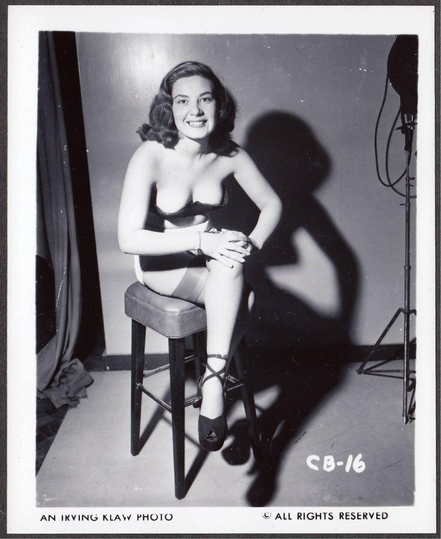 FETISH MODEL COCO BROWN IRVING KLAW VINTAGE ORIGINAL PHOTO 4X5 1950'S #16