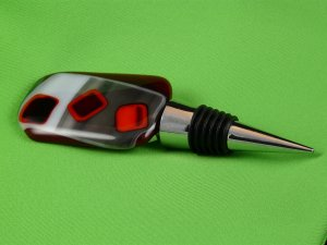 Red and Black Glass Wine Stopper