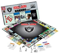 Oakland Raiders NFL Team Collector's Edition Monopoly  MSRP $36.00