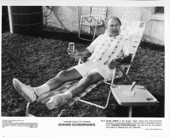 EDWARD SCISSORHANDS Alan Arkin 8x10 movie still photo