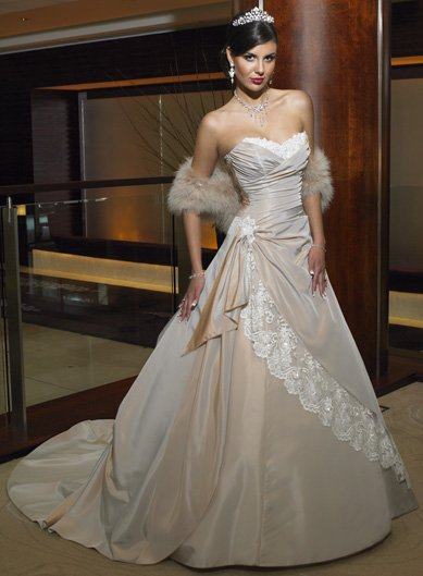 Free Shipping!custom-made wedding dress/evening dress