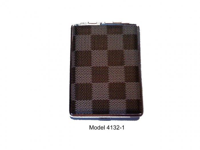 Elegant Metal Case Holds 16 Kings Model 4132-1