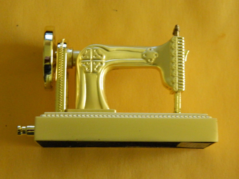 Singer Sewing Machine Shaped Jet Torch Lighter