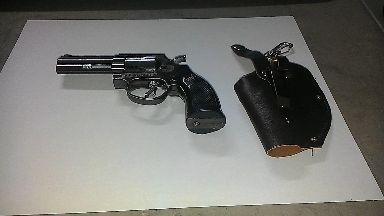Medium Size Colt Smith and Wesson Gun Revolver Jet Torch Lighter