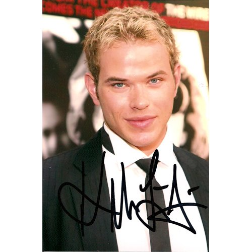 """Twilight"" KELLAN LUTZ SIGNED 4x6 PHOTO + COA"