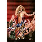 LATIN SINGER SHAKIRA SIGNED 4x6 PHOTO + COA