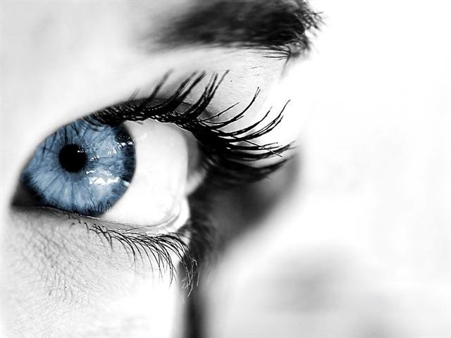 Innoxa French Blue Eye Drops Free Shipping