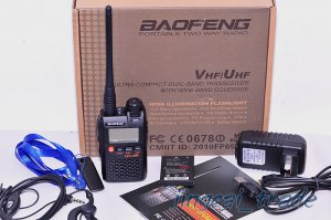 Original Mini BaoFeng UV-3R MarkII Dual-Band Dual-Display 2-way VHF/UHF FM Radio