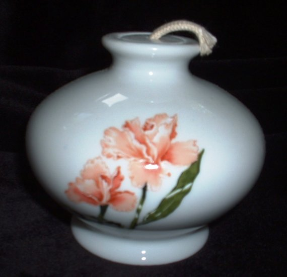 Wicks N Sticks Oil Lamp Diffuser Pink Lily Made in Japan Vintage 1984