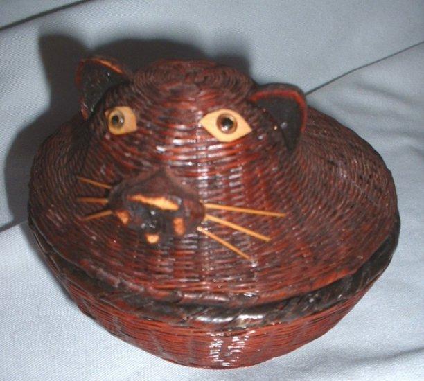 Small Mini Kitty Round Wicker Basket Cat Rattan with Lid Trinket Box