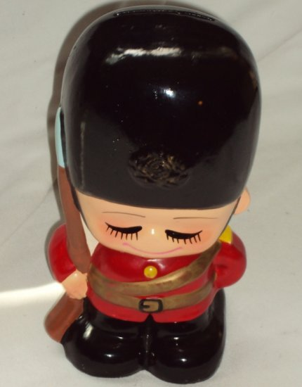 Vintage Buckingham Palace Changing Of the Guard Boy Figurine Ceramic Coin Slot Bank Hand Painted