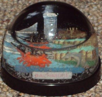 Baltimore Snow Dome or Snow Globe Vintage Souvenir Crab Ship Building #354R Made in Hong Kong